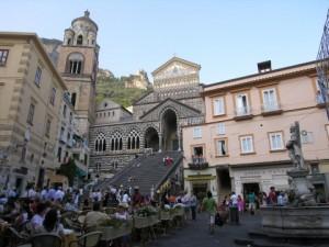 Amalfi-Piazza-del-Duomo-Italy-480x360