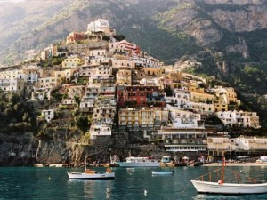 amalfi-coast-hillside-view-480x360