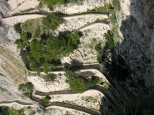 amalfi-coast-road-480x360