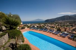 hotel-cristina-piscina